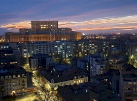 Bucuresti Ultracentral cu o Panorama Extraordinara, Top of the City Center