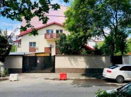 Casa Frumoasa aproape de Metrou si Parc