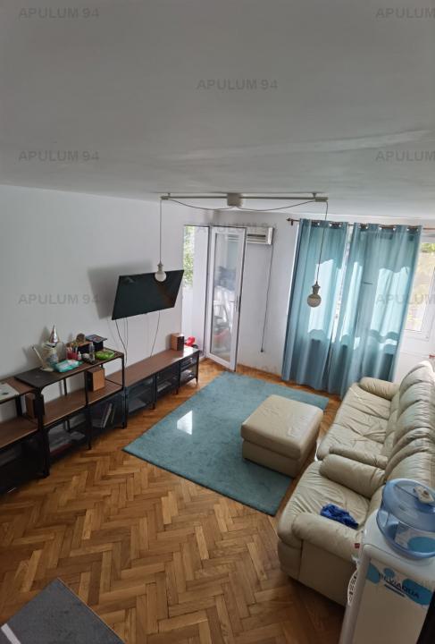 Apartament 3 camera,Titan