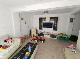 Apartament 3 Camere in Vila etaj 2 in Crangasi