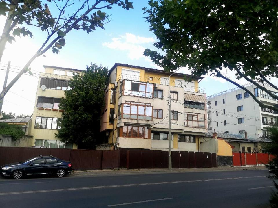 Petricani, imobil 2007,proprietar