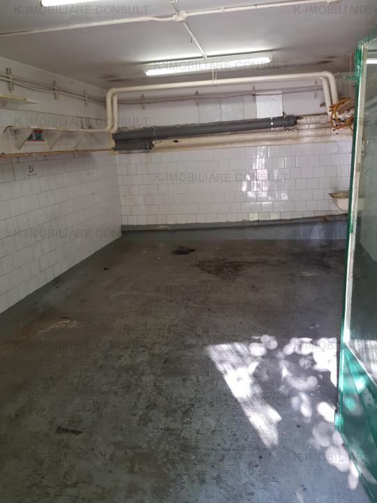 Garaj parter de bloc ideal depozit sau mica afacere