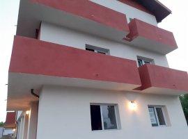 Vanzare apartament 3 camere Central, Chitila