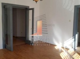 Inchiriere apartament 4 camere, Mosilor, Bucuresti