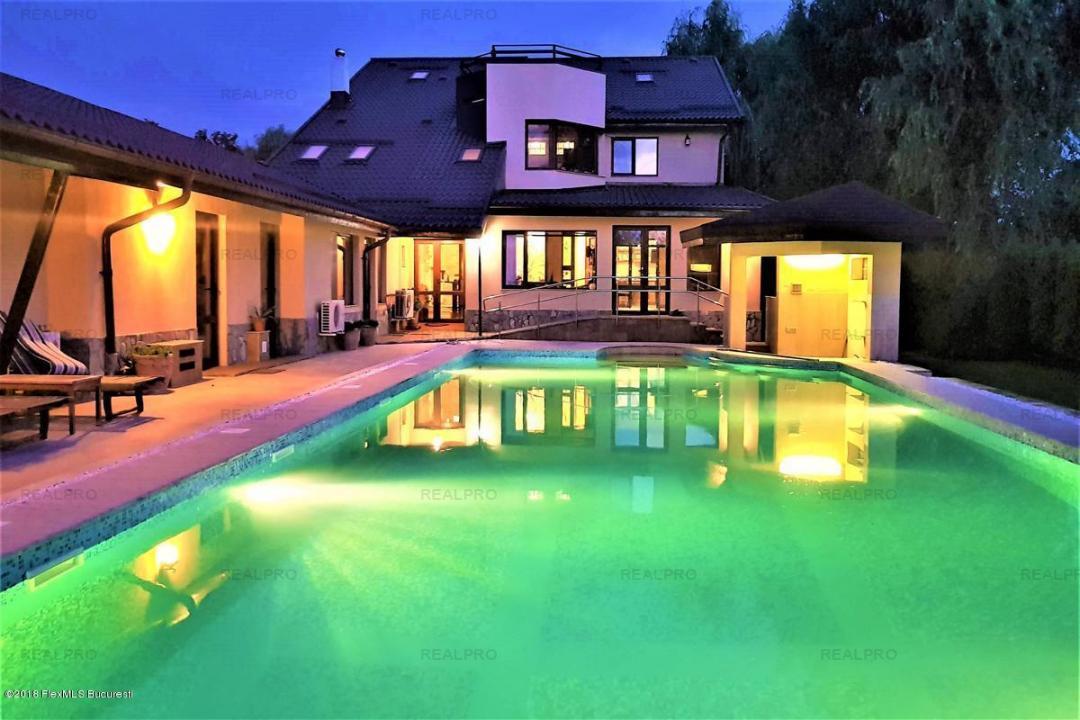Buftea - Parc, domeniu 2961 mp; vila, teren, piscina.