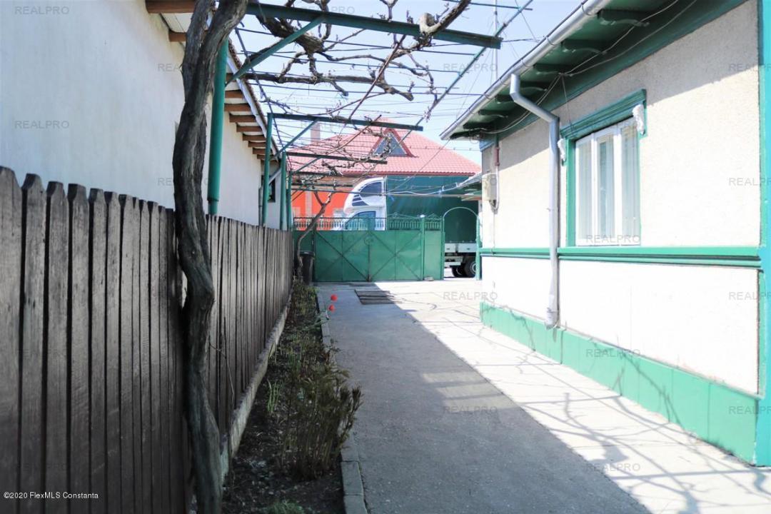 KM 5 - Str. Popa Farcas nr.25, casa cu 500 mp teren, dechidere 10 m!