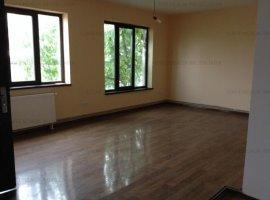 Apartament in vila vis-a vis de liceul Caragiale