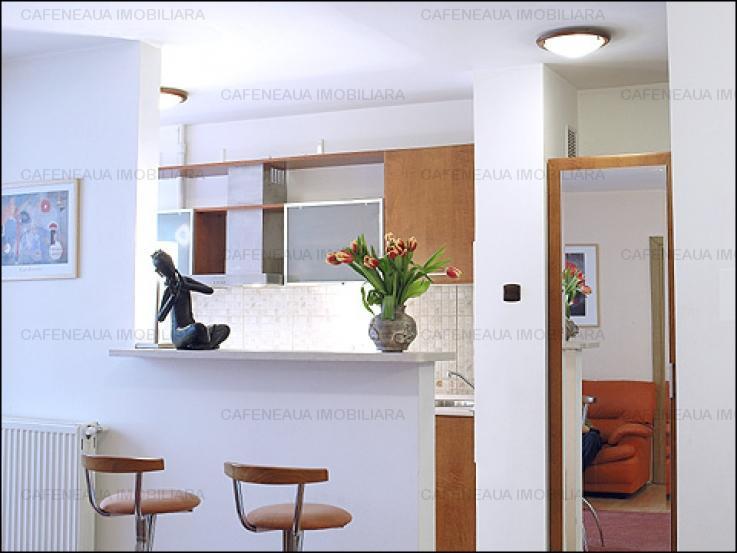 Apartament P-ta Universitatii