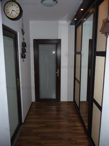 Inchiriere apartament 3 Camere Berceni