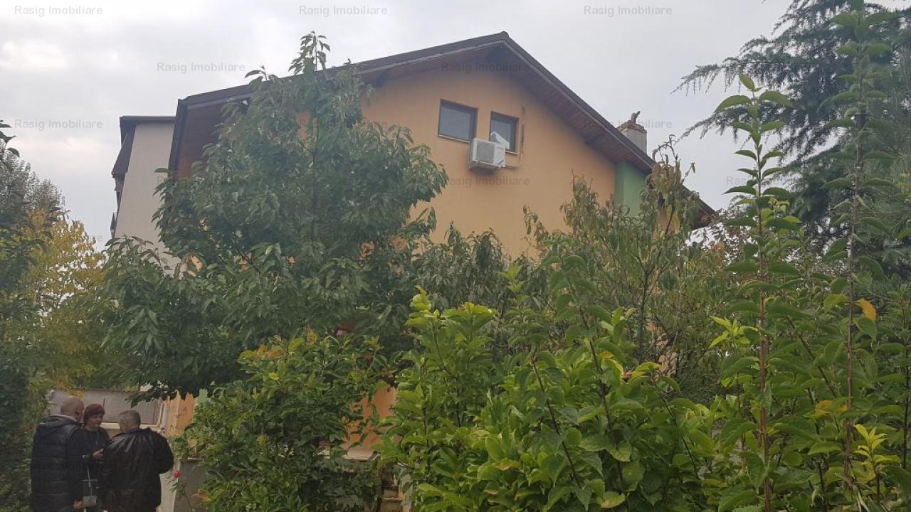 casa de vanzare Militari