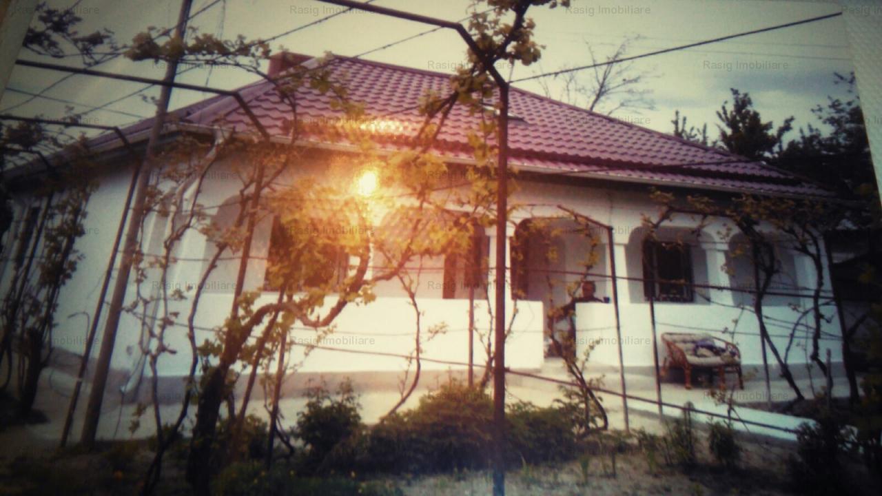Casa comuna Potlogi zona Palatului Brancovenesc