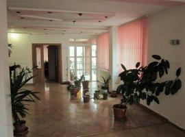 Vila moderna 6 camere baza Ciresarii