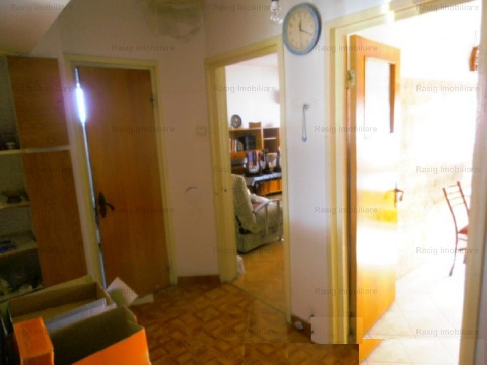 2 Camere Titulescu - P-ta Victoriei