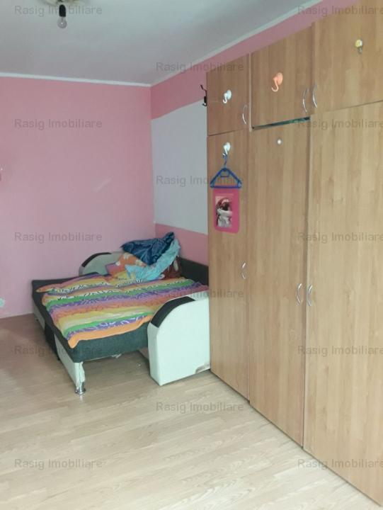 Apartament de vanzare 4 camere Rahova