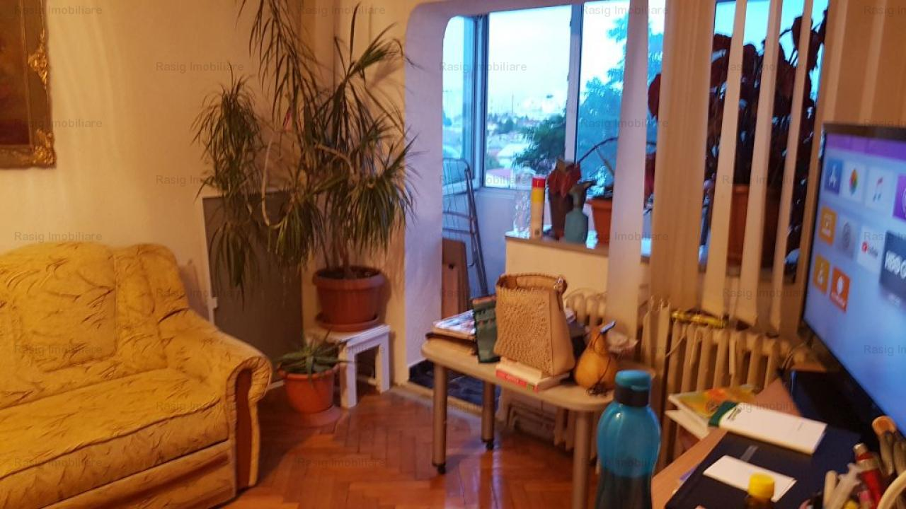 Apartament 3 camere turda stradal