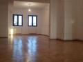 Vanzare apartament 4 camere  in vila zona dorobanti.