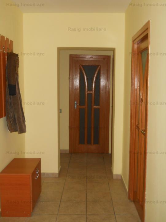 3 Camere zona P-ta Victoriei