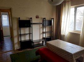 Vanzare apartament 3 camere Mihalache.
