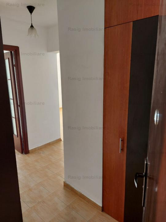 2 camere zona Grivitei -Aschiuta