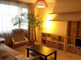 Inchiriere apartament cu 3 camere semidecomandat in zona parcului IOR.
