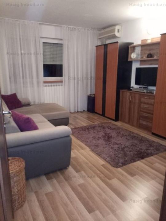 Vanzare apartament 2 camere Apusului