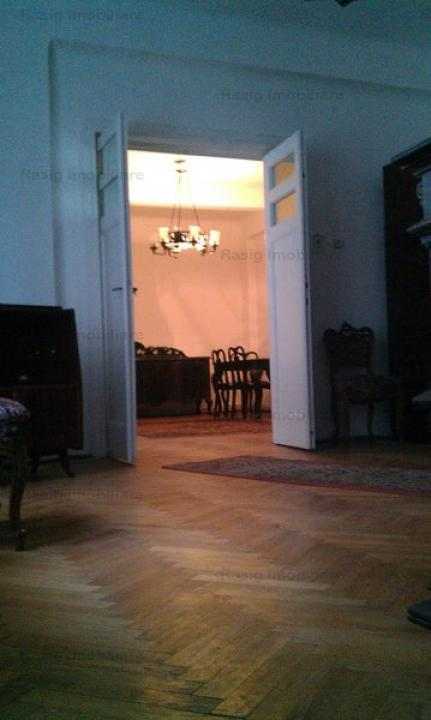 Vanzare Patru camere Central C.A. Rosetti