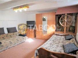Apartament de inchiriat cu 2 camere la casa zona centrala a Sibiului