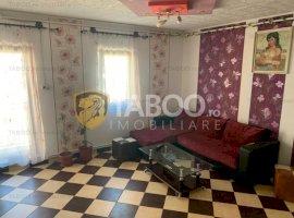 Apartament de vânzare cu 4 camere în zona Vasile Aaron din Sibiu