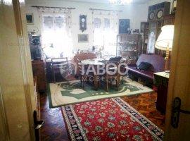 Apartament de vanzare 3 camere debara si pivnita Sibiu Orasul de Jos