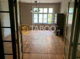 Apartament 4 camere la casa de vanzare Sibiu zona Bulevardul Victoriei