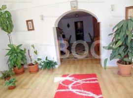 Casa individuala 250 mp curte libera in Talmaciu zona Centrala