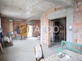 Duplex de vanzare cu 7 camere in Selimbar Sibiu