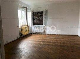 Casă individuală de închiriat cu 2 camere în zona Centrală din Sibiu