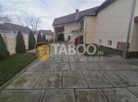 Casa individuala 4 camere 259 mp teren liber de vanzare in Selimbar