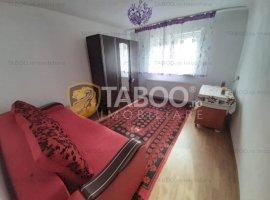 Casa cu 3 camere P+M si curte libera in Selimbar Sibiu