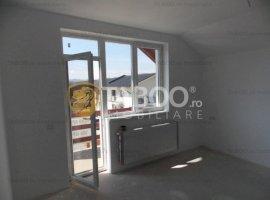 Apartament de vanzare cu mansarda la casa in Sibiu oras Cisnadie