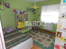 Apartament 3 camere + pivnita de vanzare in Sibiu Turnisor COMISION 0%