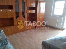 Apartament de inchiriat 3 camere zona Unirii Fagaras
