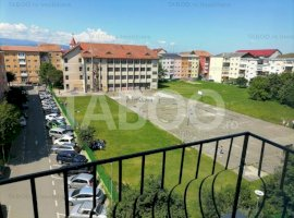 Apartament decomandat 3 camere 83 mp de vanzare in Sibiu Vasile Aaron