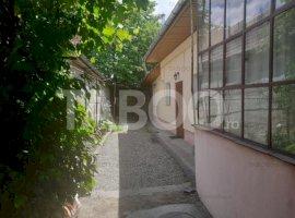 Casa de vanzare cu 4 camere in Fagaras judetul Brasov