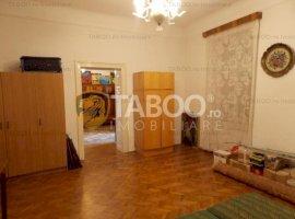 Apartament la casa 4 camere vanzare Sibiu Zona Centrala comision 0