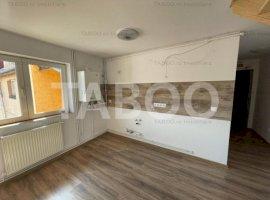 Apartament de vanzare in Sibiu 78 mp la mansarda zona Vasile Aaron