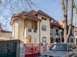 Parcul Kiseleff, vila stil, renovata, garaj, vecinatati selecte