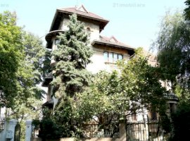 Oferta rara! Kiseleff, vila stil arhitectural neoromanesc, 490 mp, teren 619 mp