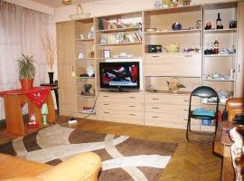 Grigore Ionescu, vanzare apartament 3 camere (hol H), etaj 2 in bloc 1992
