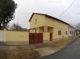 Vila foarte aproape de Podgoria