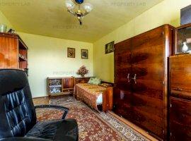 PREȚ REDUS! Apartament cu 3 camere, în Vlaicu