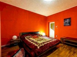 Casă cu 5 camere și teren generos în Pecica
