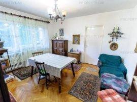 Apartament 3 camere, în zona Podgoria