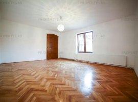 Apartament cu 3 camere pe B-dul Vasile Milea